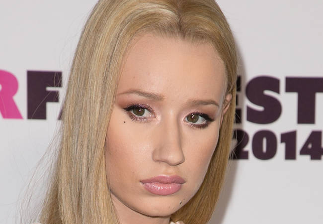 Iggy Azalea warned over unsafe driving