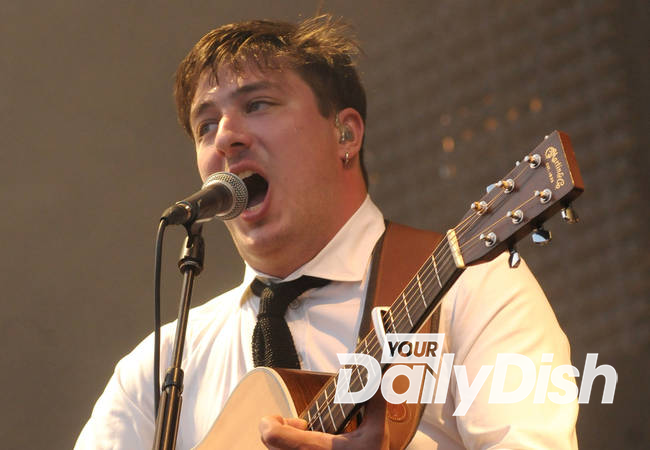 Mumford & Sons fan injured at gig - report