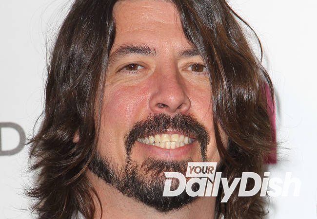 Dave Grohl to perform at Oscars