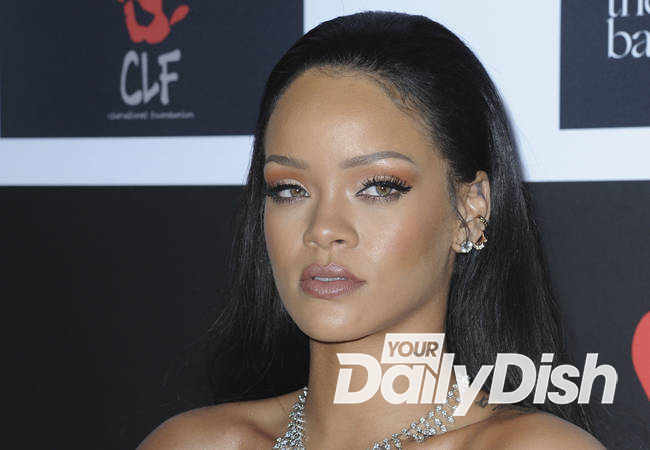 Rihanna postpones start of North American tour