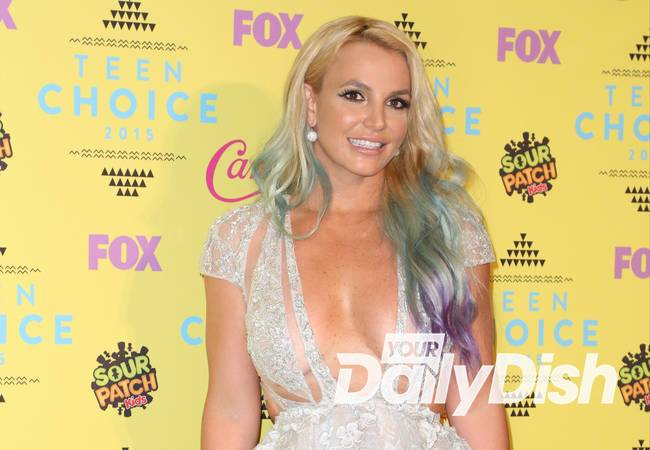 Britney Spears stuns little sister at Grand Ole Opry gig