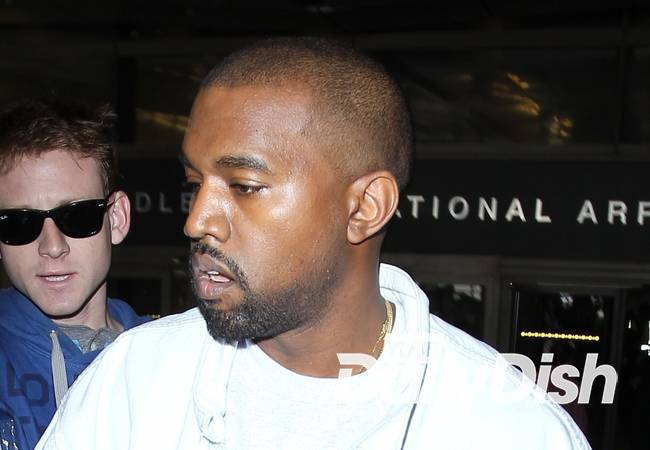 Kanye West apologizes for Twitter confusion