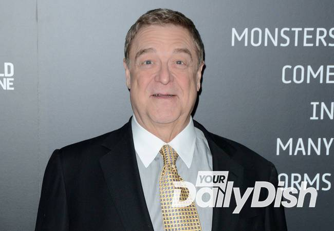 John Goodman shuns scales during weightloss