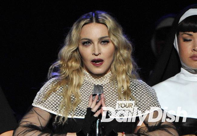 Madonna and Guy Ritchie meet for custody talks