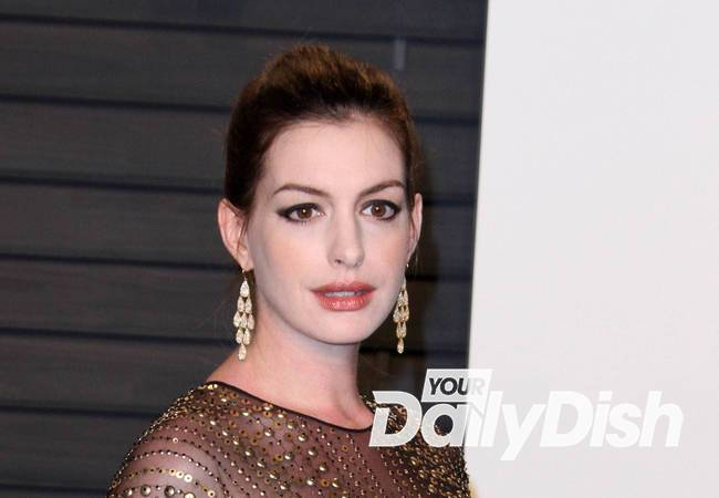 Anne Hathaway is a first-time mom