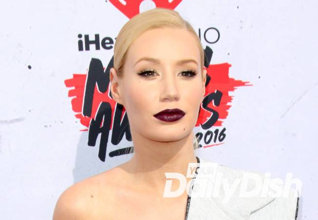 Iggy Azalea and Kesha ignore controversies by horse riding