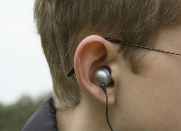 teen earbuds consumer affairs