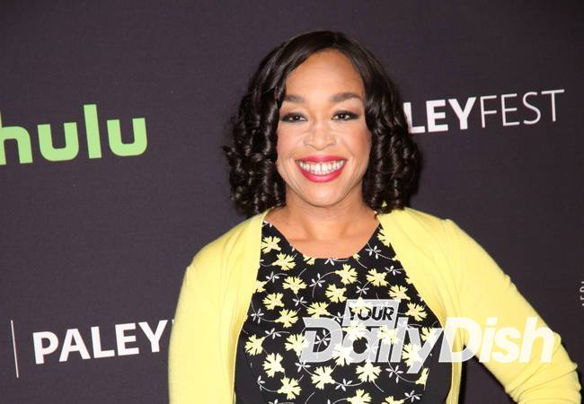 Shonda Rhimes corrects TV presenter after Scandal final series gaffe
