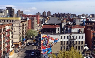 Tristan eaton paints big city dreams his newest mural in for Mural on broome street