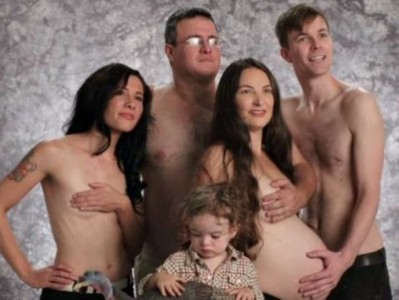 Bilderesultat for Inappropriate Family Photos That Will Make You Cringe